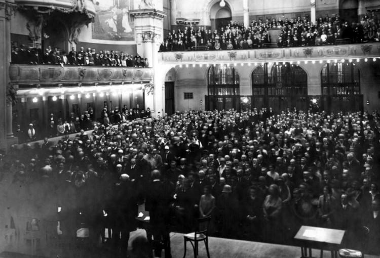 100 let Evangelické církve: Výstava